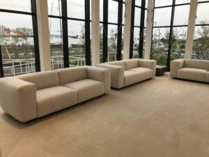 新規製作ソファー モデルルーム
